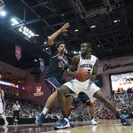 Slideshow of #Zags win tonight vs. Saint Marys: http://t.co/WpvNVjtMOK #ZagsWCC #ZagsTakeVegas2014 http://t.co/ypgFaahspy