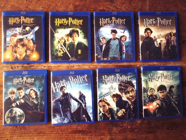 Morgan Hoffman (@morganhoff): This is how I unwind from #TorontoComicon AND from everything else in life. #harrypottermarathon http://t.co/vGQu70myBv