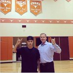 An then there was this...Justin Bieber and former @ClemsonMBB head coach Rick Barnes --> #really http://t.co/FR5kclhl7d