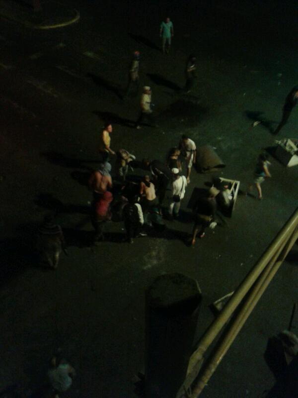 via @KarenAndreaGQ: Herido de bala en la av. Carabobo  http://t.co/65veVycrTp #Tachira