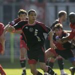 #AjaxKalender: vandaag precies 7 jaar geleden maakte @Gvanderwiel uit bij FC Twente (1-4) zijn debuut in #Ajax 1. http://t.co/og6g73JXVm