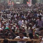 RT @yuvadesh: Huge crowd gathered in Kheda, #Gujarat to listen Cong VP #KattarSochNahiYuvaJosh Live http://t.co/rBBG73pxYO http://t.co/nOQvlvEKNJ