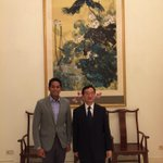 Dinner at the Chinese Ambassadors residence. Must strengthen bilateral ties esp in the wake of #MH370. http://t.co/A5mW4Egab0