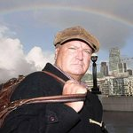 RT @Independent: BREAKING: RMT Union Leader Bob Crow has died aged 52 http://t.co/sl2vU6z6cM http://t.co/jCNqkXH40B