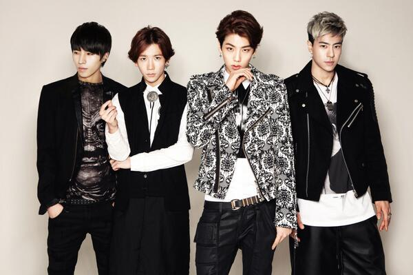 [HIGH4공지] N.A.P.Entertainment의 새로운 남자그룹 'HIGH4' 공식 팬 카페가 오픈되었습니다. 많이 놀러와 주세요 !! http://t.co/2MLPHB7Yt7 http://t.co/2veGQem7t6