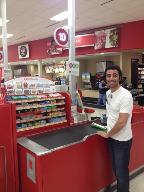 Good to see @dariofranchitti back in the #10 @Target! ;-) @TCGRTeams http://t.co/3PRav2uywr