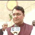 RT @ANI_news: Vinod Binny on being present at TMC rally : Annaji is a source of inspiration for us,have come here to meet him http://t.co/GjJXt8Zc9M