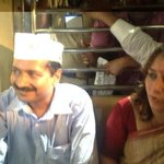 Getting a seat in Mumbai local is a dream for Aam Admi .... but then @ArvindKejriwal is Khaas --- http://t.co/dNXc2fR1EM