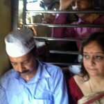 .@ArvindKejriwal getting acquainted with mumbais humid enviornment. #KejriwalInMumbai http://t.co/TvhljdkUW5