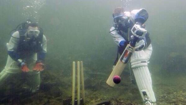 Hahahah.like this picture,our 20 20 series against the Aussies should be played like this...#underwater http://t.co/uYAxCNUD0e