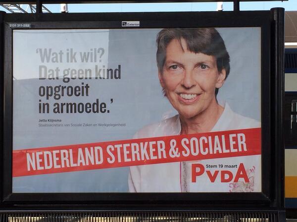 Wat ze doet: korten op kinderbijslag. RT: @Amym4000: RT @VeggieInAllStar: Ze durft wel zeg..... http://t.co/Aeq5crhXHD Schaam-te-loos #PvdA