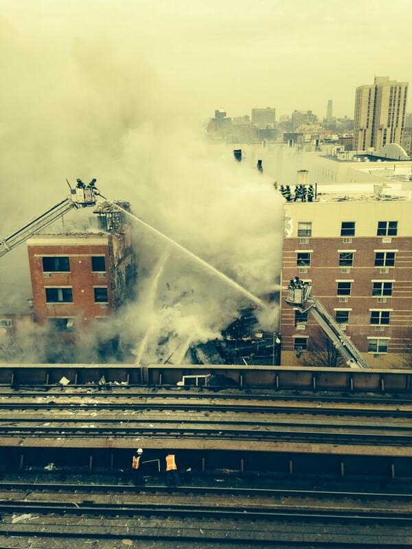 Now: Photo of #Manhattan collapse. #FDNY has 39 units and 168 members responding. The scene is developing. http://t.co/zWhTmi9Dsm