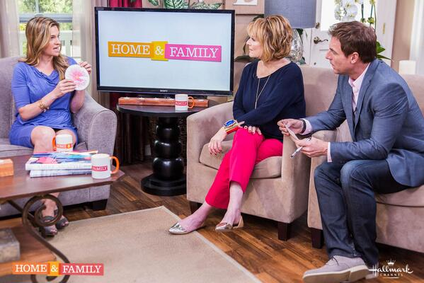 The recent Canadian mammo study; breast self exams, and more. Catch @drkristifunk on @HomeAndFamilyTV this morning! http://t.co/wtnzLXMLVi