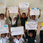 RT @Yahoo_MY: This beautiful tribute to MH370 was created by kids in a rural school in Johor. http://t.co/uN5thCpQV3 #PrayForMH370 http://t.co/7vZ2btJSH1