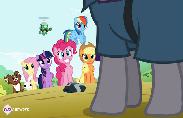 Pinkie Pie's sister Maud is coming to Ponyville this Sat! RT 400 times & we'll unveil an exclusive sneak! #MLPSeason4 http://t.co/uJrKDioKHp