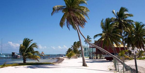 """""""I regret seeing the world"""" ... said no one ever. #Belize http://t.co/70ogAkEs6V"""