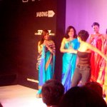 RT @mikemelli: Smokin hot @MissMalini for @mandybedi at @LakmeFashionWk #LFW @TeamMissMalini http://t.co/Vn7mfkRKdz