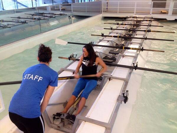 Just got my indoor rowing lesson. Took me a while to get my groove, but we did it! #devonboathouse @OKCBHD http://t.co/sB57F9Ulo8