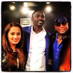 RT @KishanLoveAkon: Photo: @Akon with @ShwetaPandit7 and Sivamani after the concert in #Bangladesh yesterday. http://t.co/qVyRbYijvN
