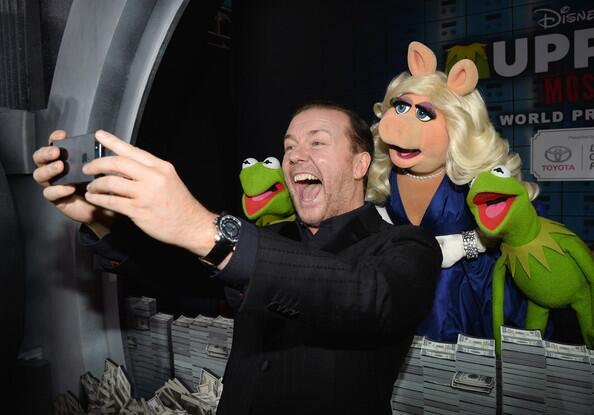#MuppetsMostWanted opens in US theaters in ONE WEEK! I don't think anyone is as excited as @rickygervais. http://t.co/s2sS9WH9f6
