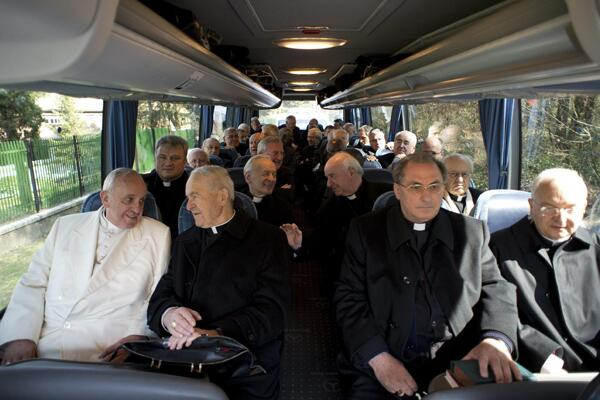 Pope Francis rides bus with cardinals, bishops at end of weeklong Lenten retreat March 14 http://t.co/ZyHYHUlODY http://t.co/xxBL01agOI