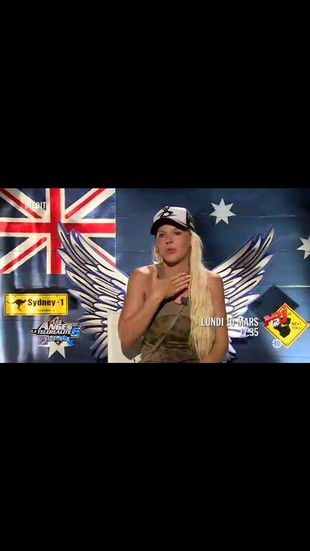 Vortex Officiel (@VortexOfficiel): Merci a @Amelie_Officiel de représenter aussi bien le vortex en Australie #dream http://t.co/CKPUatLkoH