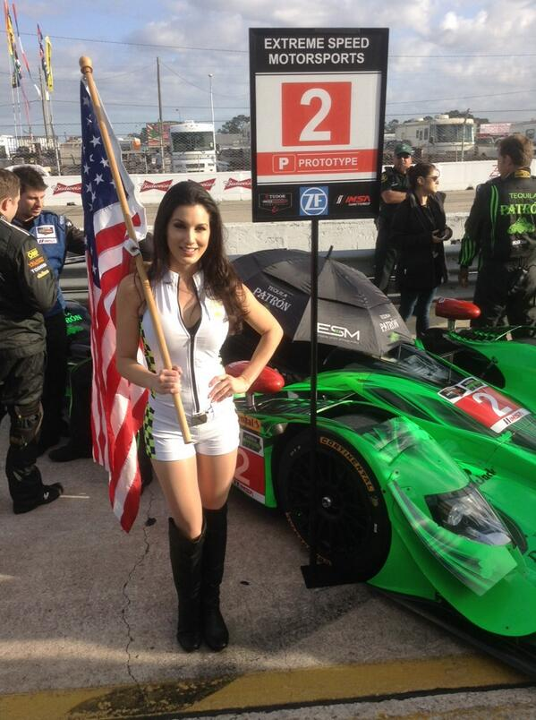 PHOTO: Oh beautiful, the grid is open! #Sebring12 #PatronEnduranceCup http://t.co/Ge1mnfWxtr
