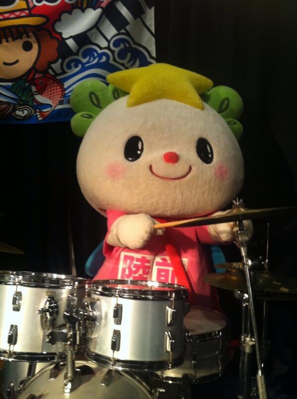 ライブ後にやたらと盛り上がったのは、、ゆめちゃんのドラム演奏☆♪♪可愛い過ぎなり!! http://t.co/PpdVspVSXD
