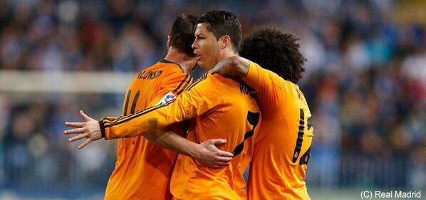 RT @RMADailyNews: نهاية المباراة :   ريال مدريد 1 - 0 ملقا   هدف : كريستيانو   #متصدر_لا تكلمني http://t.co/3g7jLD5pcc