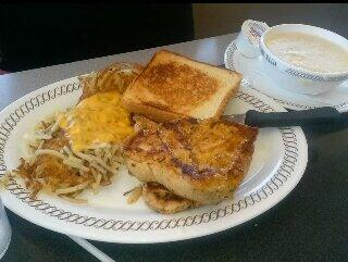 Last meal in Dallas, Texas before going back home, grilled chicken, cheese hash browns, & grits! :) http://t