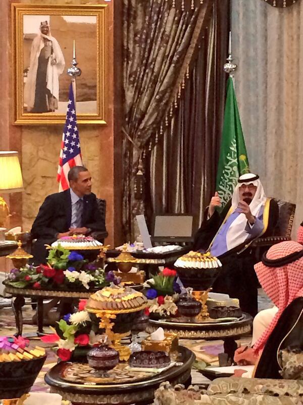 President Obama begins his bilat with Saudi King Abdullah at Rawdat Khurain http://t.co/DuYjVu7erL