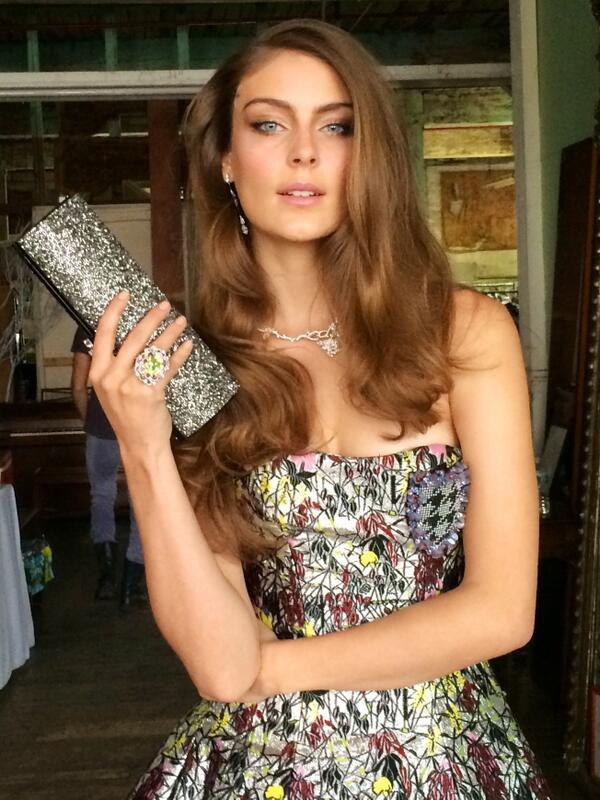 Ellie Ross is fab in @Dior & #LeaBlackHandbag behind the scenes for @Elite_Traveler magazine! http://t.co/LTZMO6CZTi