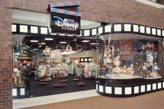 Did you know? 27 years ago today, we opened the very first Disney Store in Glendale, CA! http://t.co/QwFDeZDrRA