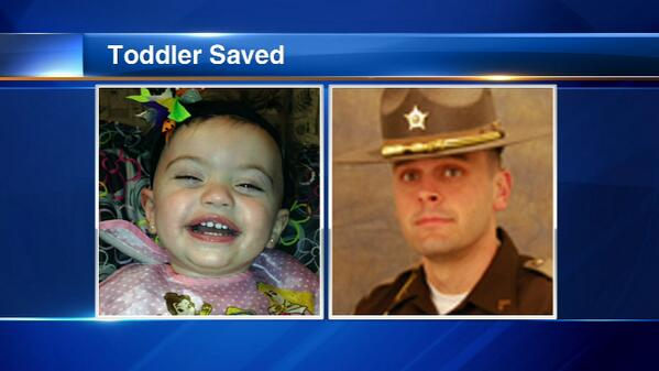 Porter County Sheriff's officer saves Northwest Indiana toddler's life http://t.co/w33m1mu8VA http://t.co/J3n2YBMtA9