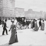 Pedestrians on Fifth Avenue at 59th Street with a Hanson Cab Waiting, New York City, 1897 | #NYC http://t.co/GJ7L2mOSMu