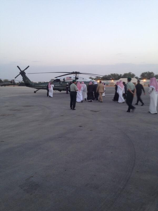 Saudi delegation heads to Marine One to greet POTUS http://t.co/914k4LCscl