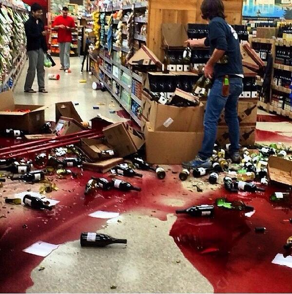 Trader Joes in #Brea following the #quake last night. Courtesy @NBCLA http://t.co/jbaOK7SyS0