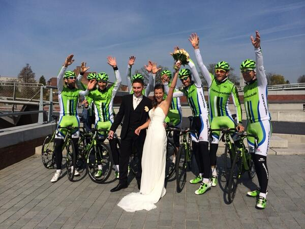 Only in Belgie does a cycling team crashing a wedding result in a reason to celebrate @cannondalePro @RideCannondale http://t.co/PYnkXCfV5F