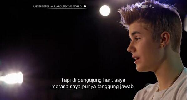 "Ofcourse he is RT ""@breakoutnet: HE IS COOL RIGHT? #JustinBieberOnNET @justinbieberID http://t.co/bwd3IYQb6Z"""