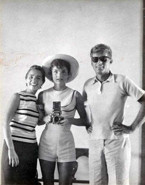 """Hashtag selfie!"" - Jackie Kennedy http://t.co/5zZdNdrj2g"