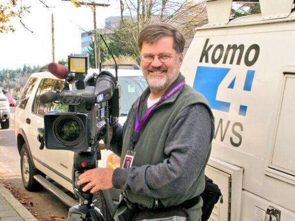 Heavy hearts in all Seattle newsrooms today. RIP photo journalist Bill Strothman and pilot Gary Pfitzner. http://t.co/7Vkllfafgg