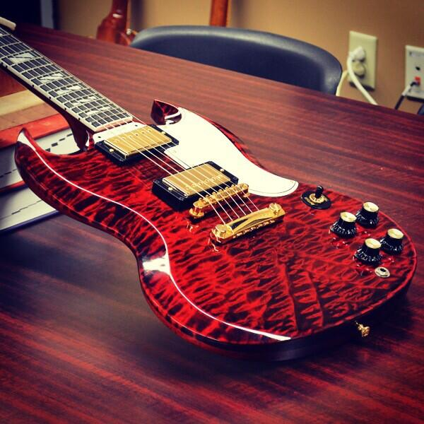SG Custom Quilt in Firemist with split-block inlay http://t.co/amhFaQoDXe