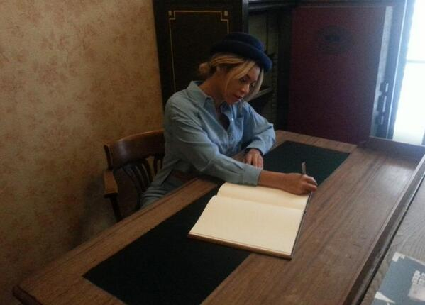 Singer @Beyonce and rapper & producer Jay Z visited @annefrankhouse today They were very impressed by their visit http://t.co/JnAc0Ds6mX