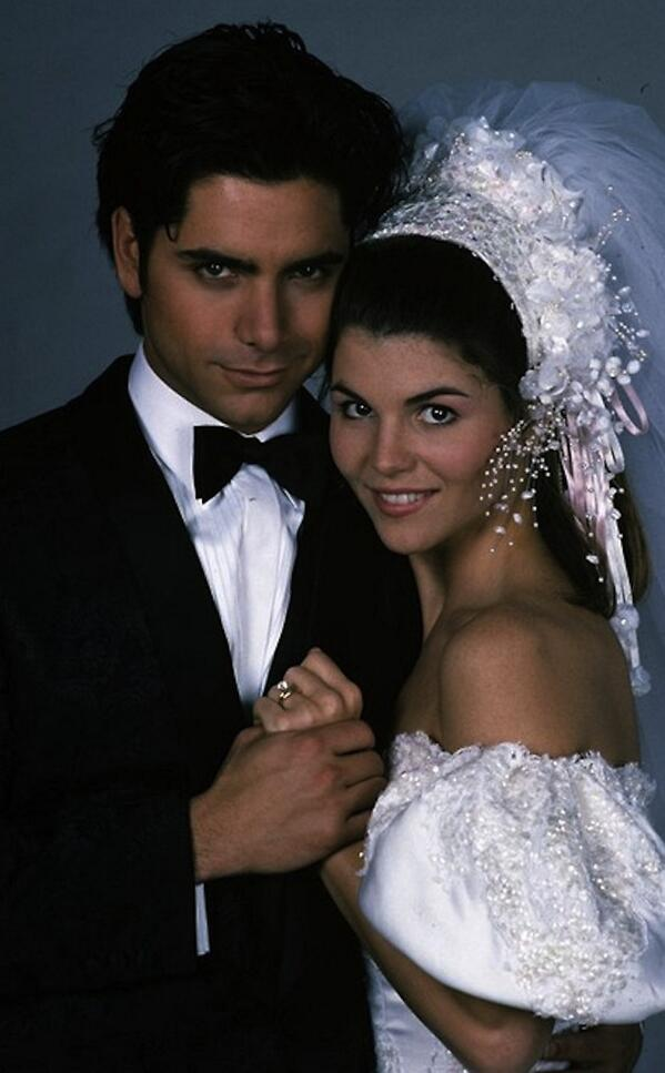 Why did Lori Loughlin & John Stamos never get together? http://t.co/Qn8xII0cYr http://t.co/NBVBorKzUM