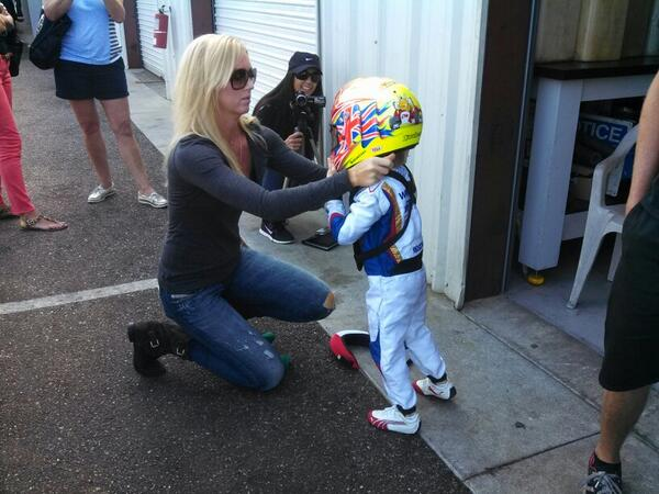Even the fastest 5 year old I know needs help from his Mom to get ready to race. #lionheartjr http://t.co/1TWlBrLweJ