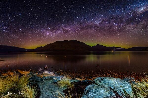 #NZMustDo See something magical; like the Southern Lights over Cecil Peak, Queenstown, New Zealand (pic: @JLPhotoNZ) http://t.co/M5DAHHHSQZ