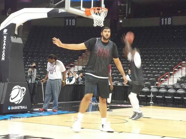 This is what 7'5 355 pounds looks like. New Mexico st center Sim Bhullar http://t.co/cMon5WPvgR