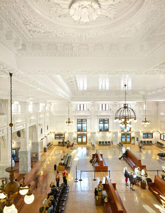 All aboard! Look inside the gorgeous restoration of Seattle's historic King Street Station: http://t.co/iSGNG3PgrA http://t.co/TRxbV9Anv6