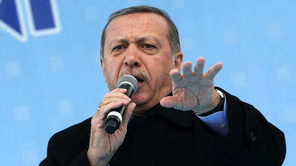 Turkey blocks Twitter after PM threatens to wipe it out http://t.co/Ywm1FgWJZR http://t.co/PbMXDXWAhs