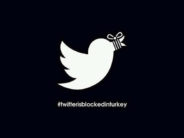 Twitter sansürü tweet rekoru kırdı: 3 saat içinde 2,5 milyon tweet  ▶ http://t.co/vjIoHwbt5p http://t.co/Zi5eYuYnil